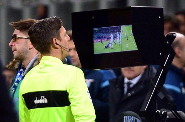 Em duelo de artilheiros, Lazio e Inter empatam sem gols em Milão!